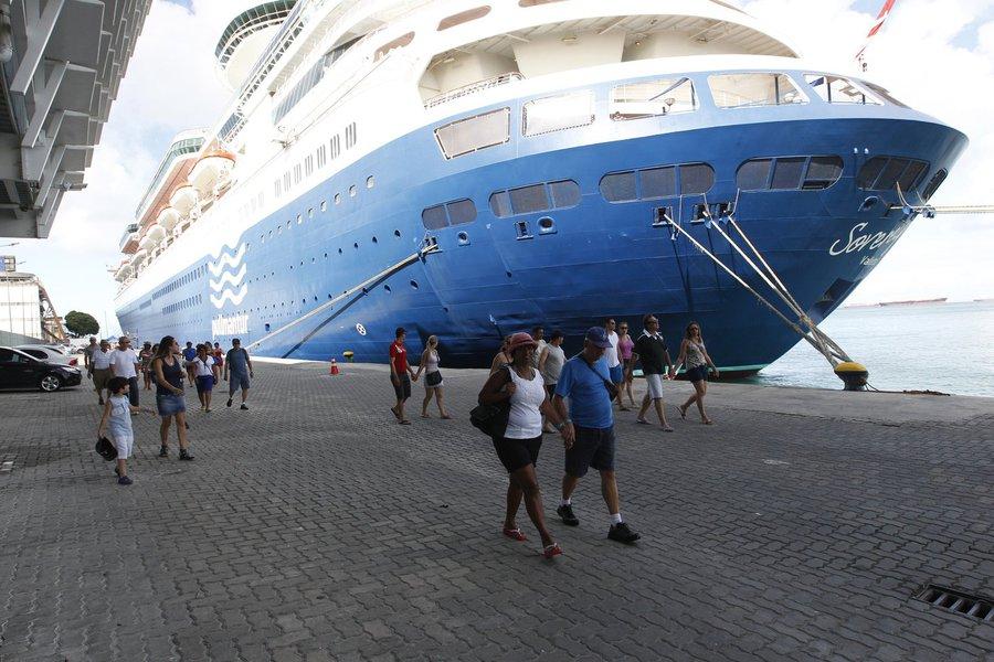 Chegada de Navios com Turistas no Porto de Salvador Foto: El�i Corr�a/GOVBA