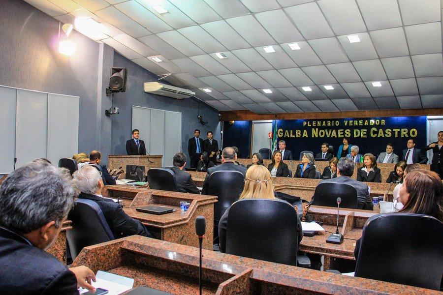 Rui Palmeira participa da sessão solene de abertura dos trabalhos na Câmara dos Vereadores. Foto: Pei Fon/ Secom Maceió