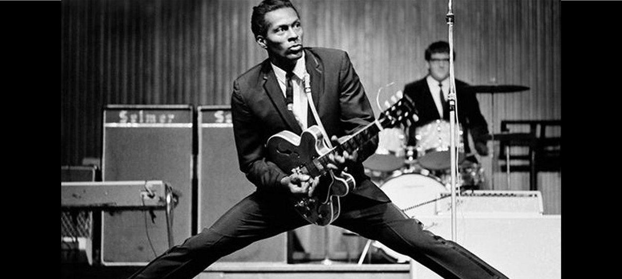 Chuck Berry, lenda do rock e da guitarra, morre aos 90 anos nos EUA