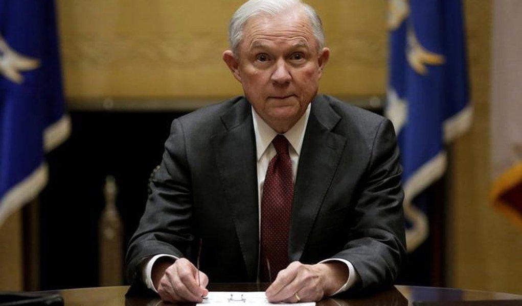 Jeff Sessions durante reunião em Washington. 9/2/2017. REUTERS/Yuri Gripas