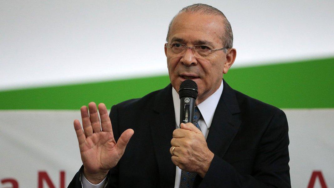 Brasília - O ministro da Casa Civil, Eliseu Padilha, participa da reunião dos Grupos de Trabalho (GT) do Conselho de Desenvolvimento Econômico e Social (CDES) na sede da Escola Nacional de Administração Pública (Enap) (José Cruz/Agência Brasil)