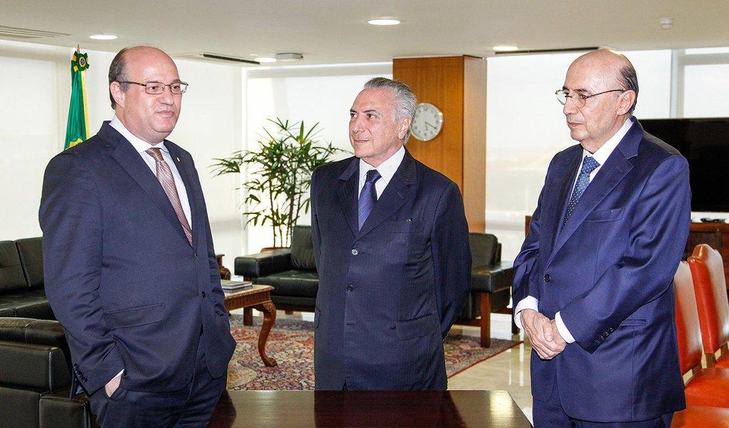 Brasília - DF, 09/06/2016. Presidente Interino Michel Temer durante posse do Presidente do Banco Central, Ilan Goldfajn. Foto: Beto Barata/PR