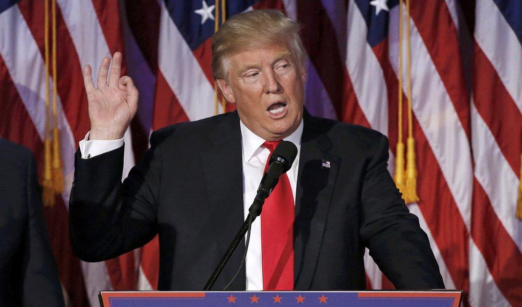 Presidente eleito dos Estados Unidos, Donald Trump, durante discurso em Manhattan. 09/11/2016 REUTERS/Mike Segar