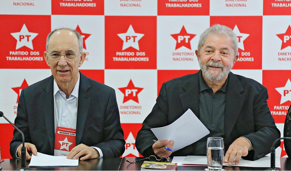 Sao Paulo 30/09/2015 Ex-Presidente Lula se reune com a executiva Nacional do Partido dos Trabalhadores para debater a conjuntura Nacional e a mobilização do PT. Foto: Ricardo Stuckert/ Instituto Lula