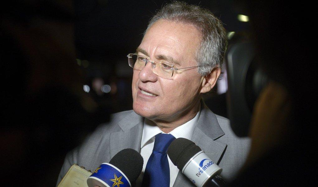 Presidente do Senado Federal, senador Renan Calheiros (PMDB-AL), concede entrevista. Foto: Pedro França/Agência Senado