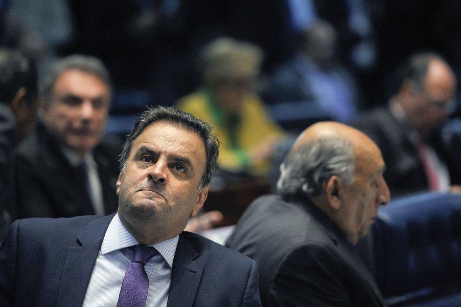 Em destaque, senador Aécio Neves (PSDB-MG). Foto: Pedro França/Agência Senado