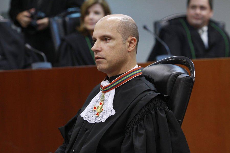 faustodesanctis- BRASIL - SAO PAULO - SP - 28/01/2011 - NACIONAL - CIDADES - POSSE DO DESEMBARGADOR FEDERAL FAUSTO DE SANCTIS -