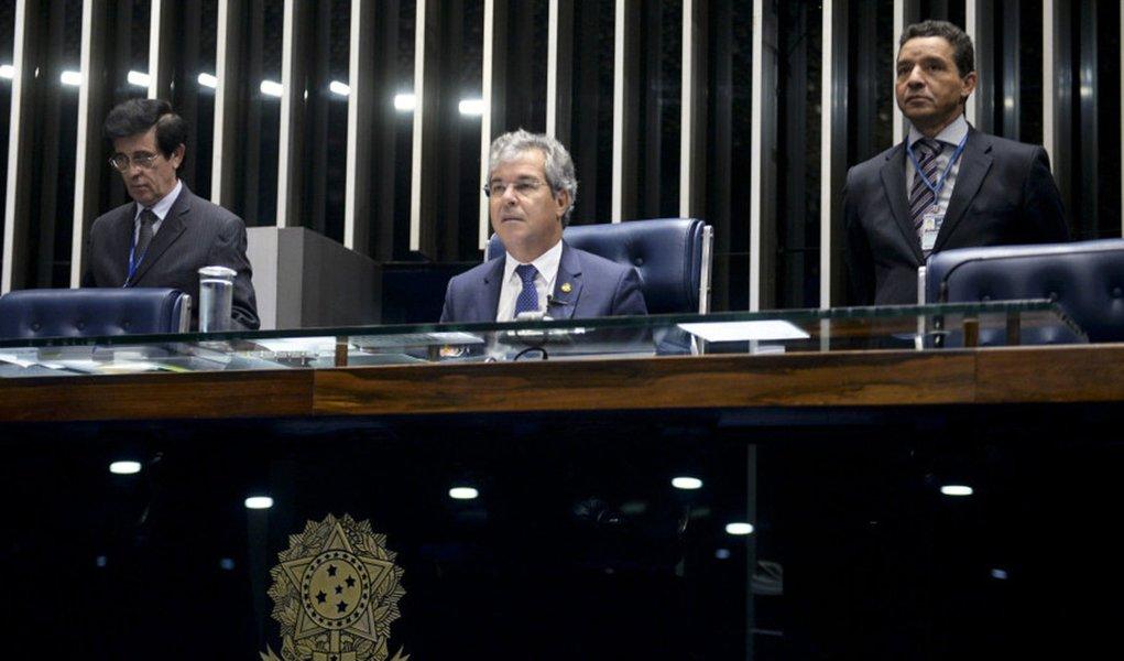 Plenário do Senado Federal durante sessão deliberativa ordinária. À mesa, senador Jorge Viana (PT-AC) preside sessão. Foto: Jefferson Rudy/Agência Senado
