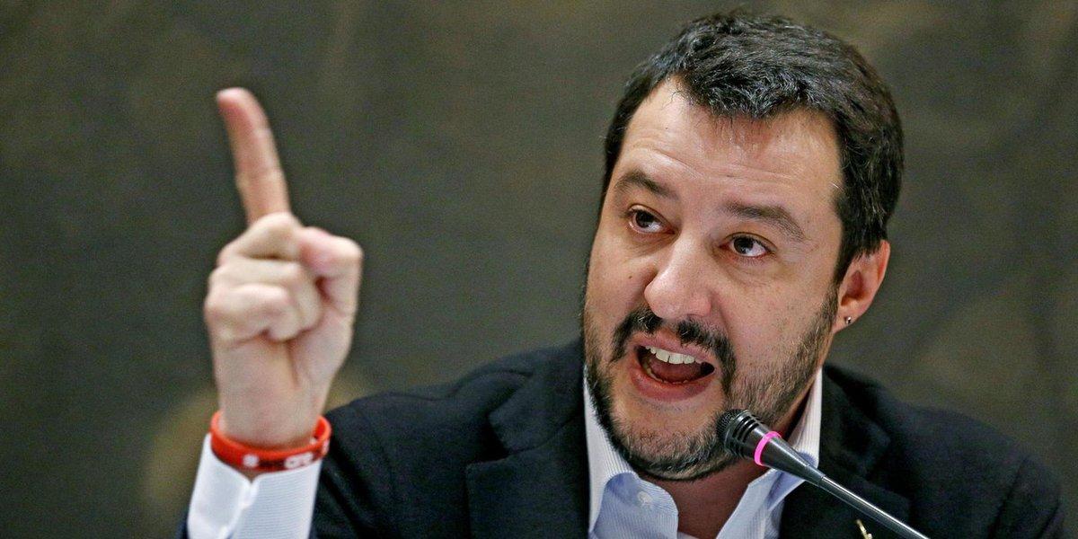Il segretario federale della Lega Nord, Matteo Salvini, in una immagine del 19 dicembre 2014. ANSA/ALESSANDRO DI MEO