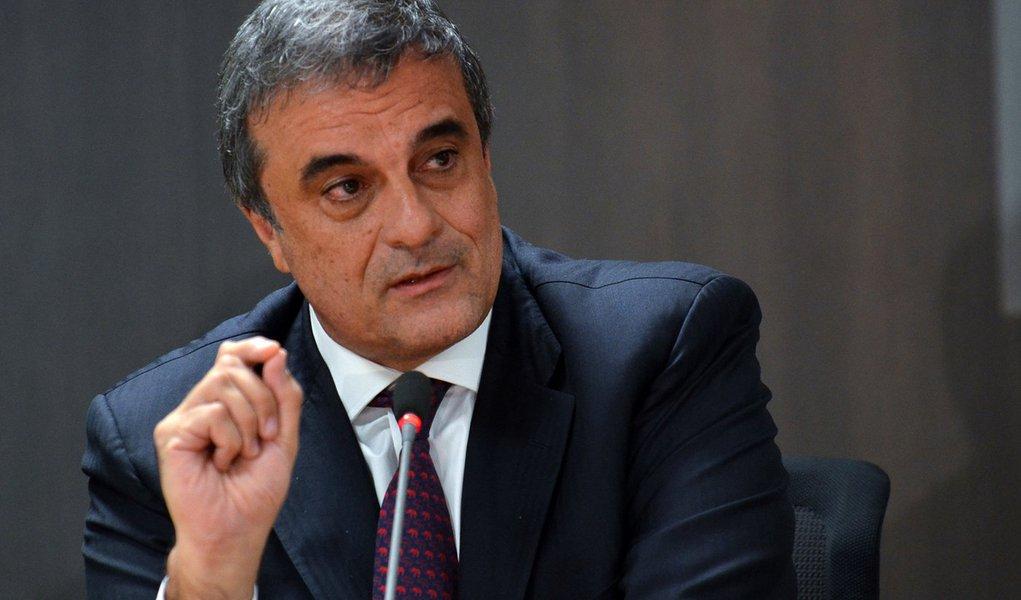 Brasilia - O ministro da Justiça, José Eduardo Cardozo participa do lancamento do programa Segurança sem Violência ( Elza Fiuza/Agência Brasil )