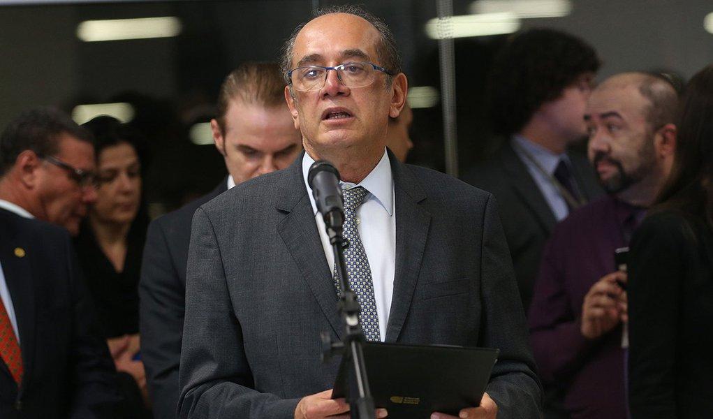 Brasília - O presidente do Tribunal Superior Eleitoral (TSE), ministro Gilmar Mendes, na cerimônia de Assinatura Digital e Lacração dos Sistemas que serão utilizados nas eleições de outubro (Wilson Dias/Agência Brasil)