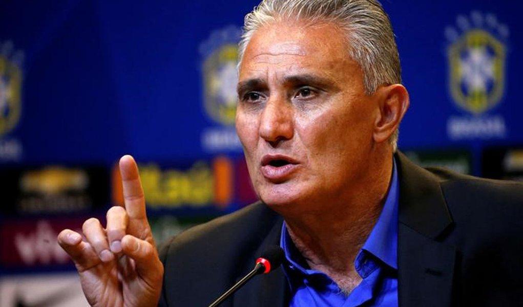 Tite concede entrevista na sede da CBF. 20/6/16. REUTERS/Sergio Moraes