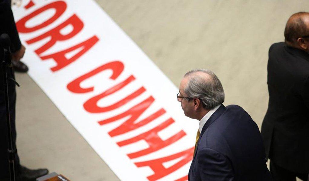 Bras�lia - O plen�rio da C�mara dos Deputados aprovou por 450 a favor, 10 contra e 9 absten��es a cassa��o do mandato do deputado afastado Eduardo Cunha (Fabio Rodrigues Pozzebom/Ag�ncia Brasil)