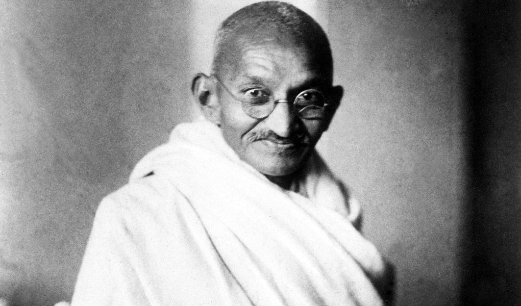 (GERMANY OUT) Mahatma Gandhi (Mohandas Gandhi) )(1869-1948). Hindu nationalist and spiritual leader. Photgraphed in London in 1931. (Photo by R�he/ullstein bild via Getty Images)