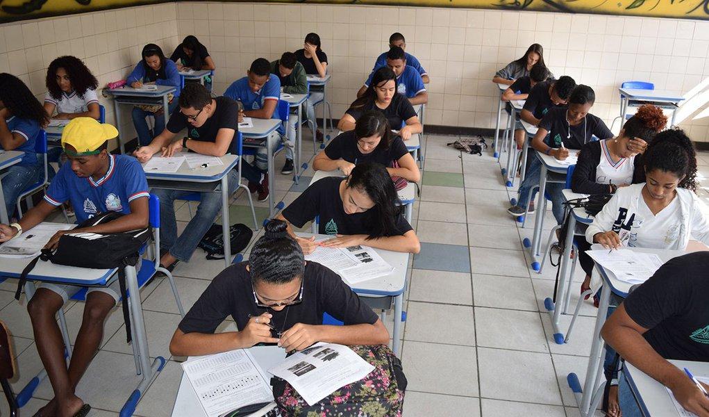 sala de aula ensino medio escola