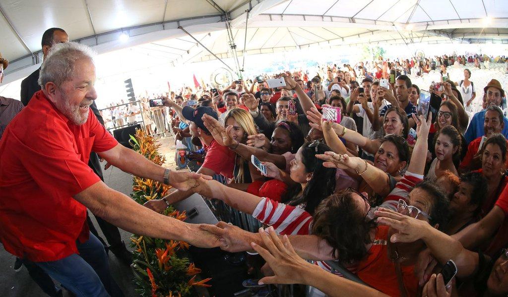 Juazeiro- BA- Brasil- 11/07/2016- O ex-presidente Luiz Inácio Lula da Silva participou nesta segunda-feria (11) do Bahia Mais Forte, organizado pelo governo baiano na cidade de Juazeiro