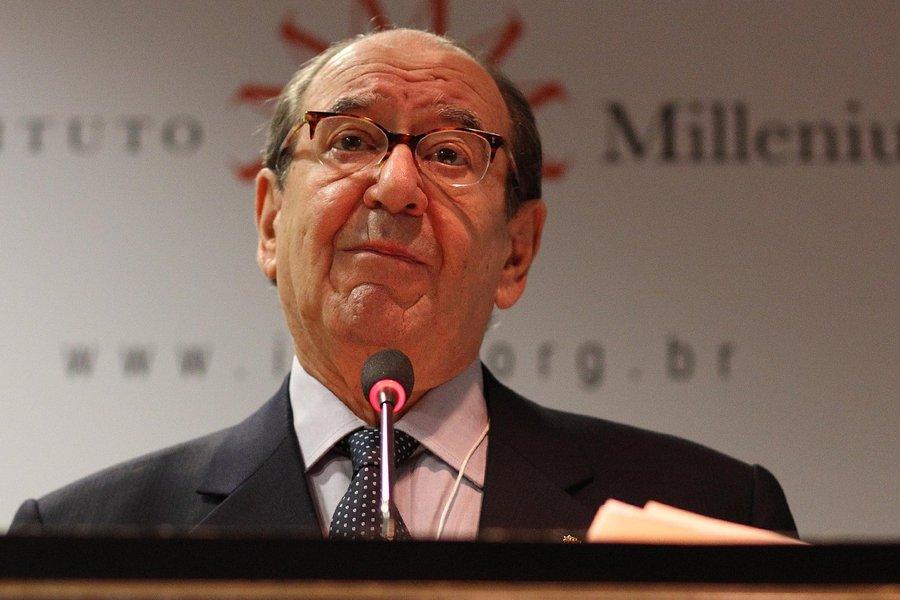 01/03/2010 - S�o Paulo - Roberto Civita, durante o 1o. F�rum Democracia e Liberdade de Express�o realizadopeli Instituto Millenium em S�o Paulo.