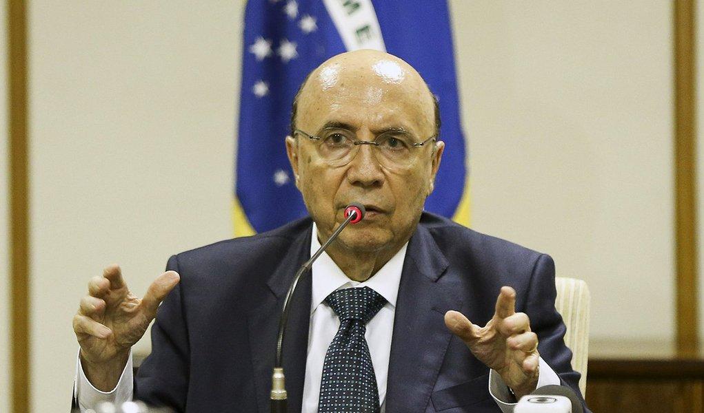 Brasília - O ministro da Fazenda, Henrique Meirelles, recebe o secretário do Tesouro dos Estados Unidos, Jacob Lew. (Marcelo Camargo/Agência Brasil)