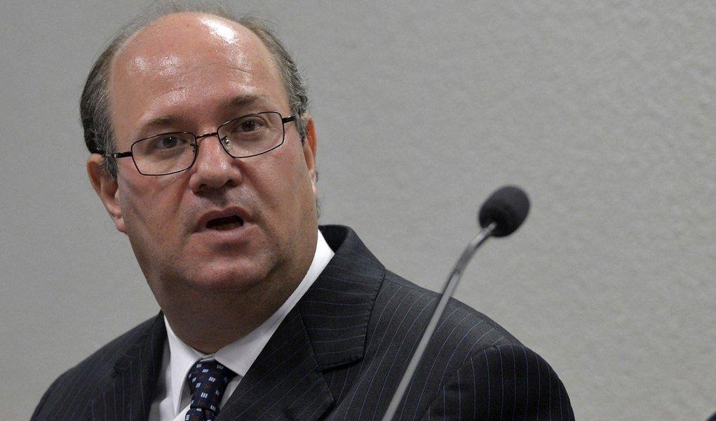 A Comissão de Assuntos Econômicos (CAE) debate, em audiência pública, a economia brasileira, com ênfase nas perspectivas de crescimento sustentado para os próximos anos. Ilan Goldfajn,economistga-chefe do Itaú Unibanco.
