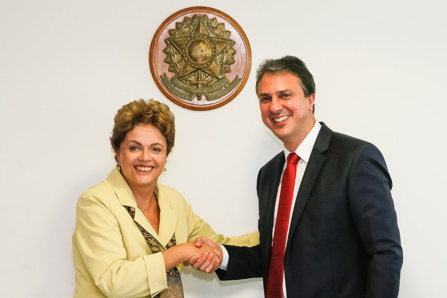Brasília - DF, 20/05/2015. Presidenta Dilma Rousseff recebe Camilo Santana, Governador do estado do Ceará. Foto: Roberto Stuckert Filho/PR.