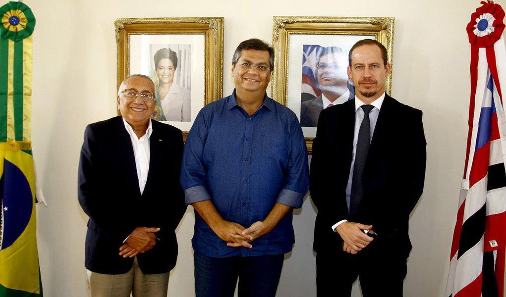 Governador Flávio Dino recebeu o novo presidente do FNDE, Gastão Vieira, no Palácio dos Leões. Foto: Handson Chagas/Secap