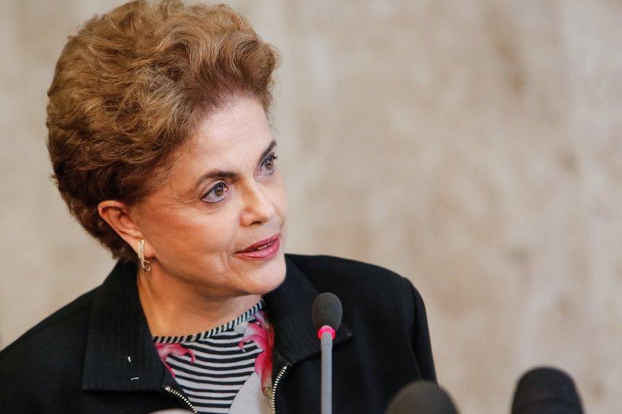 Brasília - DF, 11/03/2016. Presidenta Dilma Rousseff fala à Imprensa. Roberto Stuckert Filho/PR