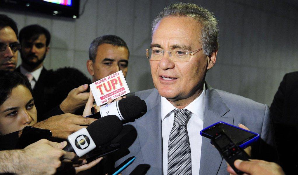 Presidente do Senado, senador Renan Calheiros (PMDB-AL), concede entrevista. Foto:Jonas Pereira/Ag�ncia Senado