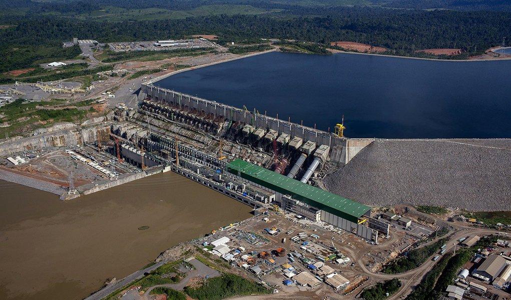 Vista aérea da Usina Hidrelétrica de Belo Monte na área onde estão colocadas 18 turbinas. Foto Marizilda Cruppe.