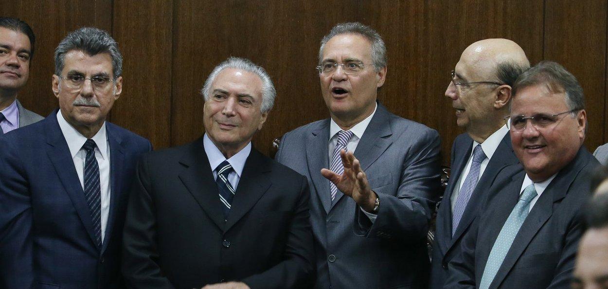 Brasília- DF 23-05-2016 Presidente interino, Michel Temer, durante entrega da meta fiscal 2016 ao presidente do senado Renan Calheiros. Foto Lula Marques/Agência PT