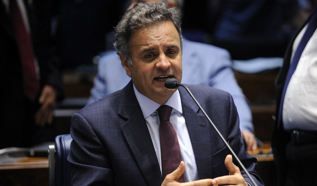 Plenário do Senado durante sessão deliberativa ordinária. Em pronunciameto, senador Aécio Neves (PSDB-MG). Foto: Jefferson Rudy/Agência Senado