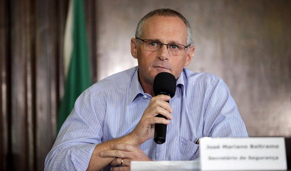 Secretário de Segurança, José Mariano Beltrame anuncia que coronel Pinheiro Neto assumirá o Comando-geral da PM.