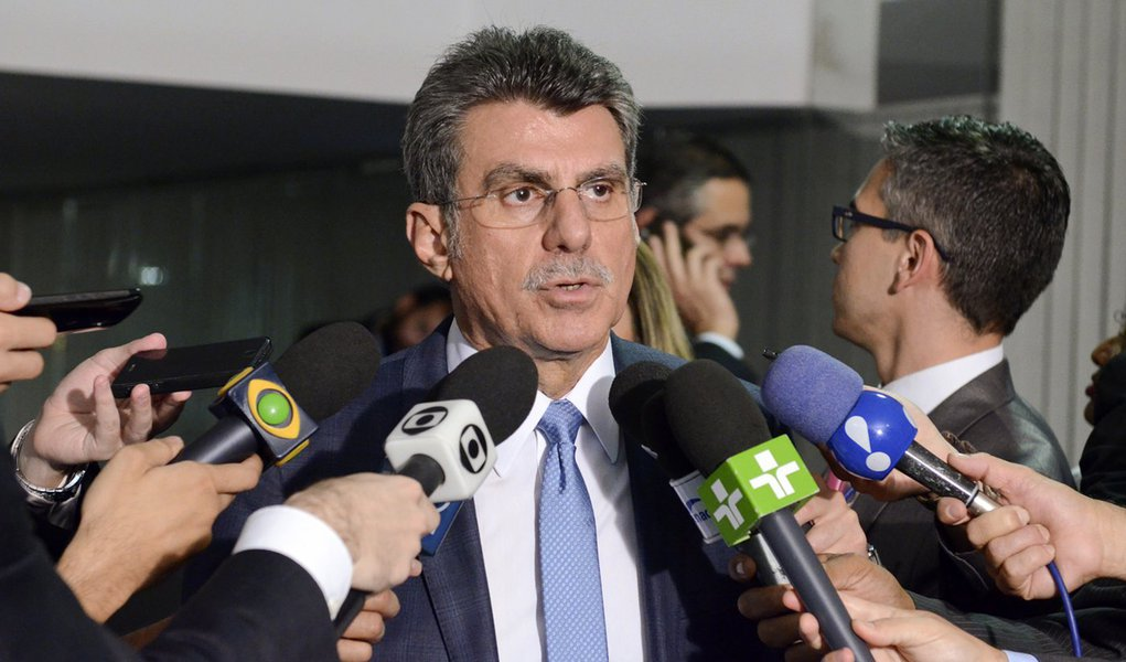 Senador Romero Jucá (PMDB-RR) concede entrevista. Foto: Ana Volpe/Agência Senado