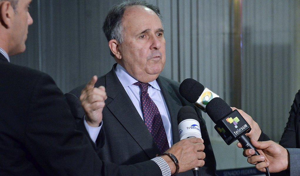Senador Cristovam Buarque (PDT-DF) concede entrevista. Foto: Ana Volpe/Agência Senado
