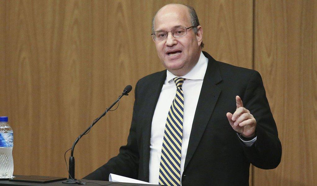 Brasília - O novo presidente do BC, Ilan Goldfajn participa da Cerimônia de transferência do cargo de presidente do Banco Central (Fabio Rodrigues Pozzebom/Agência Brasil)