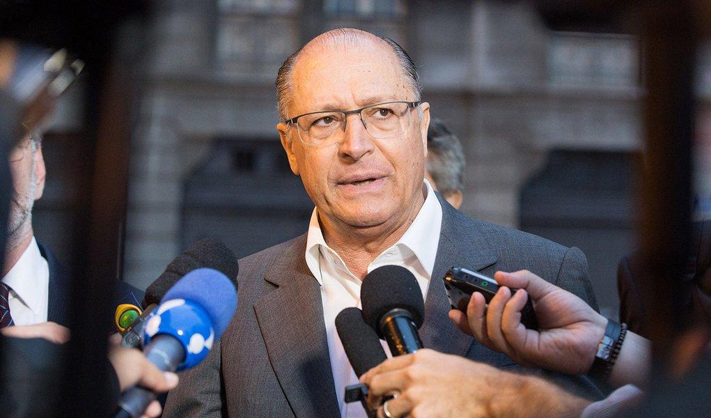 Governador de São Paulo, Geraldo Akcmin durante fiscalização aos postos de gasolina. Local: São Paulo. Data: 17/10/2016 Foto: Ciete Silvério/A2IMG