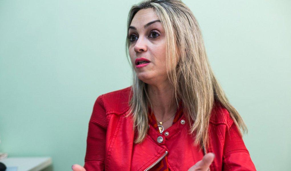 04/11/2016 - PORTO ALEGRE, RS - Entrevista com a defensora pública Mariana Py Cappellari, coordenadora do centro de referência em direitos humanos da defensoria. Foto: Maia Rubim/Sul21