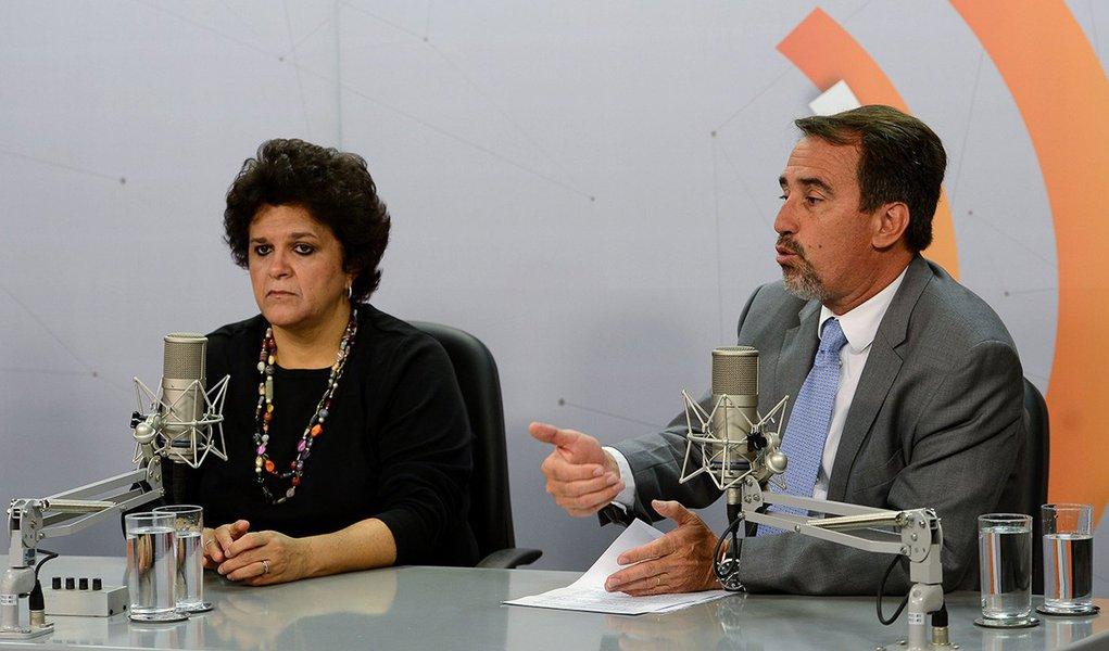 Brasília–Entrevista dos ministros, Izabella Teixeira e Gilberto Occhi, sobre as ações do governo federal para enfrentar os impactos do rompimento da barragem de rejeitos da mineradora Samarco. (Elza Fiuza/Agência Brasil)