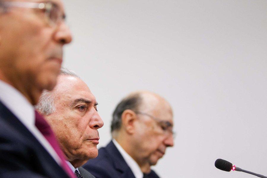 Brasília - DF, 22/06/2016. Presidente em Exercício Michel Temer durante reunião com ministros do Núcleo Econômico. Foto: Beto Barata/PR