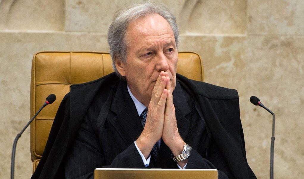 O Supremo Tribunal Federal (STF) continua o julgamento sobre proibição de doações de empresas privadas para campanhas políticas (Antonio Cruz/Agência Brasil)