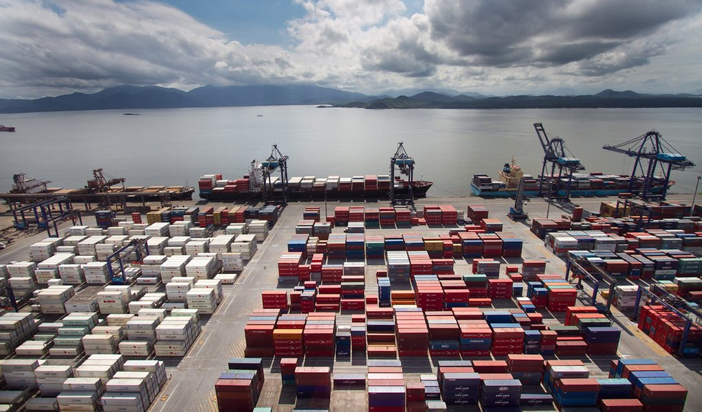 Cresce exportação de grãos por contêineres pelo Porto de Paranaguá. Foto: Divulgação