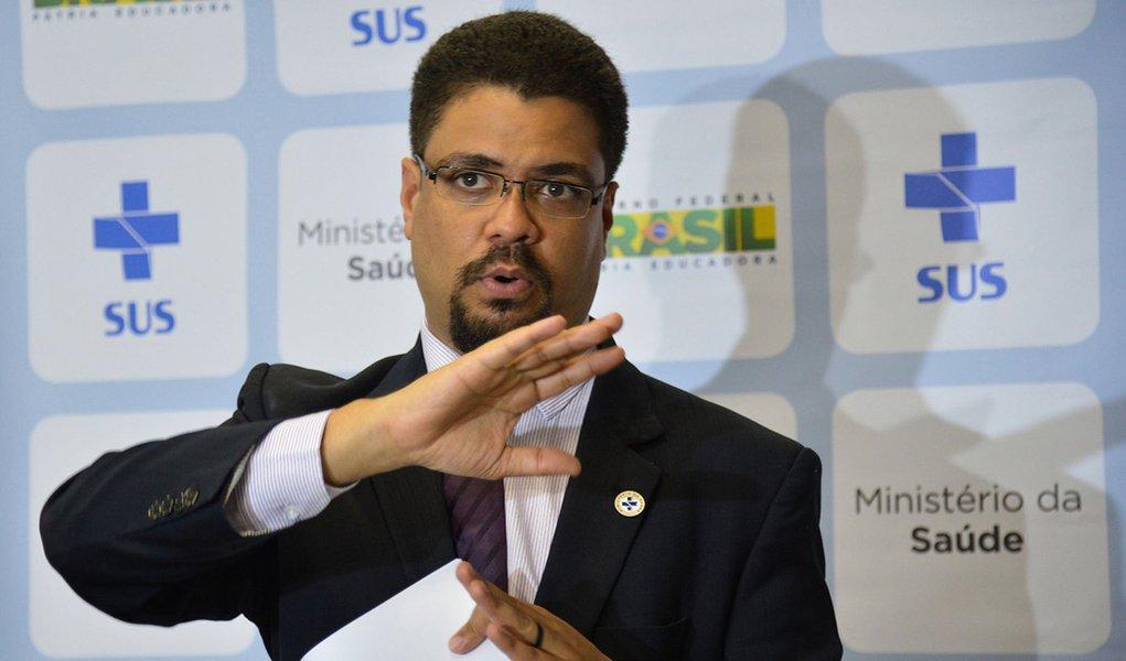 Brasília - Entrevista coletiva do secretário de Gestão do Trabalho e da Educação na Saúde do MS, Hêider Aurélio Pinto, ele fala sobre a contratação no programa Mais Médicos (Valter Campanato/Agência Brasil)