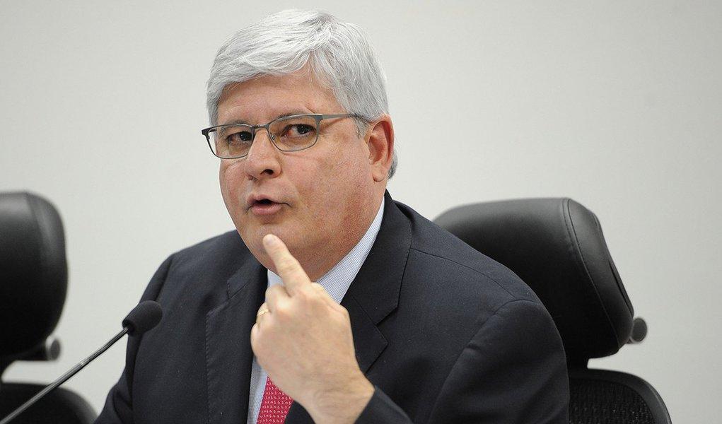 O procurador-geral da República, Rodrigo Janot, durante debate dos candidatos ao cargo de procurador-geral da República, promovido pela ANPT, AMPDFT e ANMPM (Antonio Cruz/Agência Brasil)