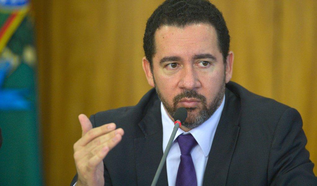 Brasília - O ministro do Planejamento, Dyogo Oliveira, anuncia medidas para reduzir os gastos públicos (José Cruz/Agência Brasil)