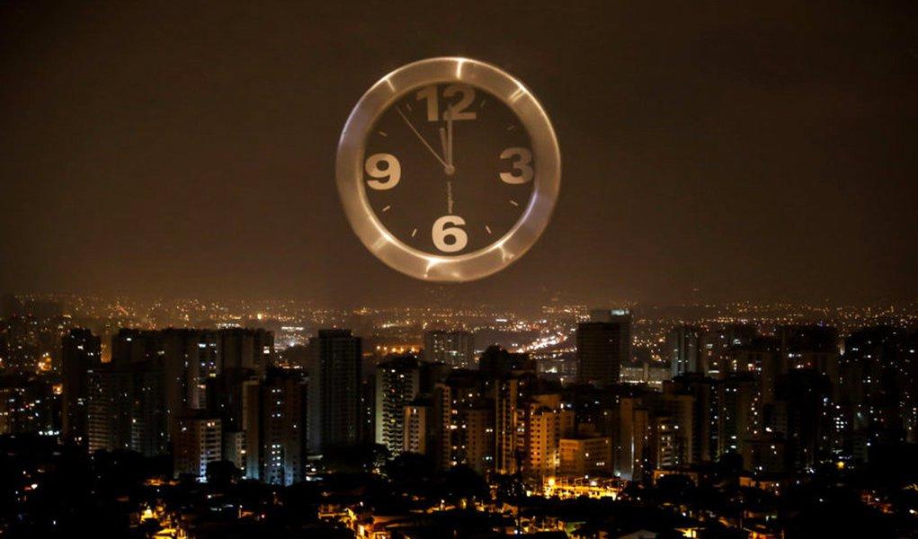 17/10/2014 - Hoje a meia noite começa o horário de verão. Foto: Rafael Neddermeyer/ Fotos Públicas