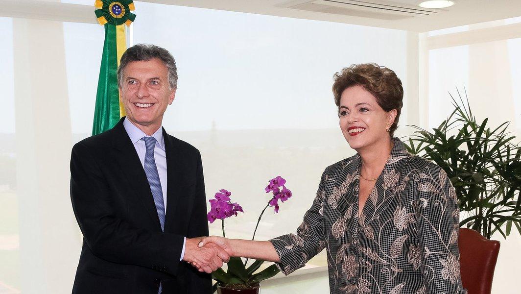 Brasília - DF, 04/12/2015. Presidenta Dilma Rousseff recebe Maurício Macri, Presidente eleito da República Argentina. Foto: Roberto Stuckert Filho/PR