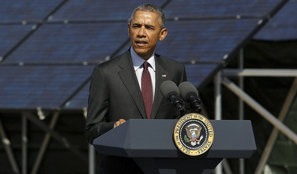Presidente dos EUA, Barack Obama, em base aérea em Utah. 3/4/2015 REUTERS/Jonathan Ernst