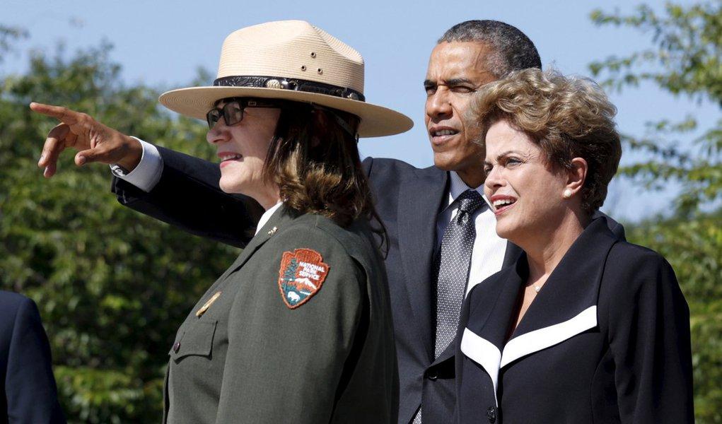 Obama e Dilma no memorial de Martin Luther King em Washington. 29/06/2015 REUTERS/Kevin Lamarque