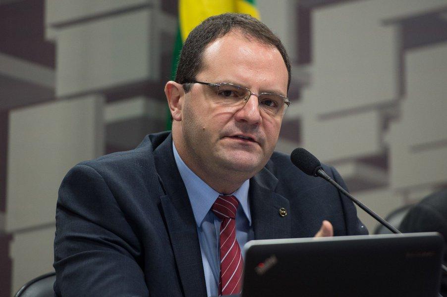 17/03/2015- Brasília- DF, Brasil- O ministro do Planejamento, Nelson Barbosa, participa de audiência pública na Comissão de Assuntos Econômicos (CAE) do Senado.