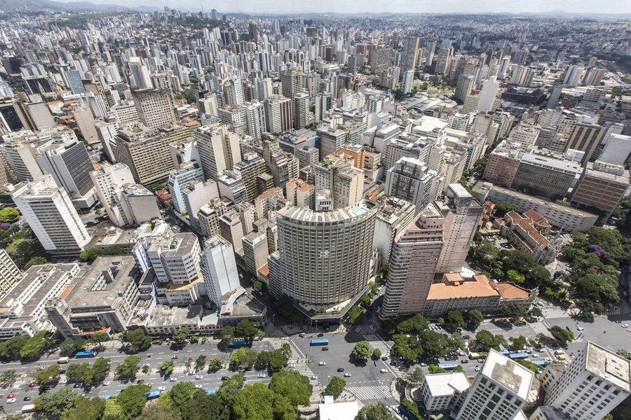 Belo Horizonte_MG, 04 de marco de 2013. FAQUINI - SOBREVOO Sobrevoo pelas principais obras na cidade visando a copa do mundo. Foto: MARCUS DESIMONI / NITRO