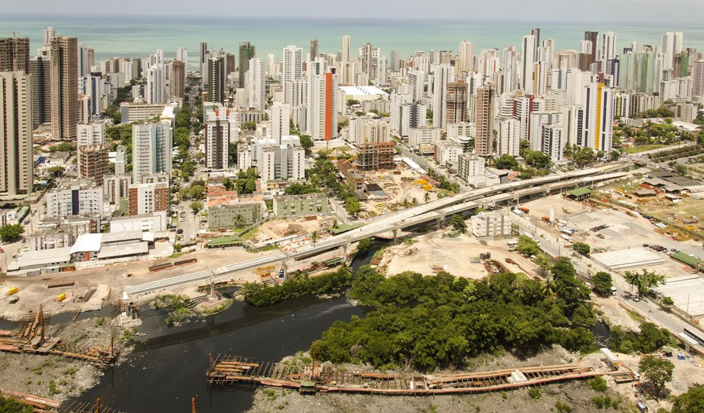 Recife - obra Via Mangue